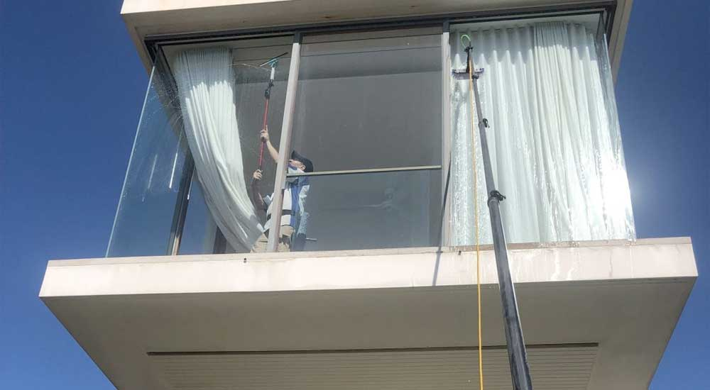Bondi Window Cleaners